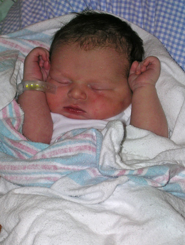 Brittain - newborn_ed21.jpg